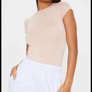 Pretty Little Thing Basic Nude Crew Neck Fitted T